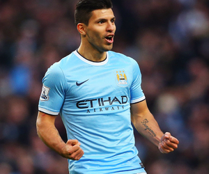manchester city and aguero image