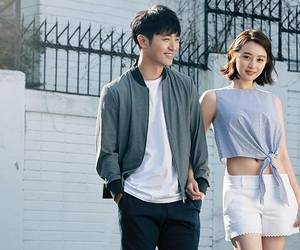 couple, sweet, and descendants of the sun image