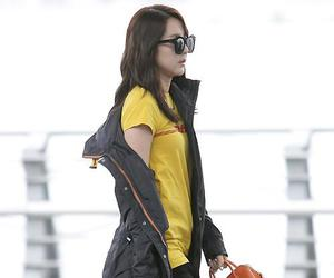2ne1, airport, and model image