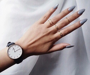 girls, hand, and rings image