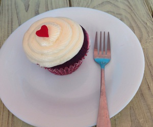 coffee shop, cupcake, and red velvet image