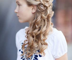 gorgeous, simple, and hairstyles image