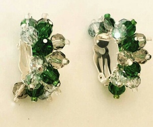 clip on earrings and non pierced earrings image