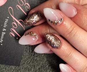 diamonds, gelnails, and glitter image