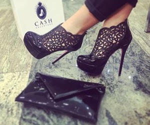 cash and heels image