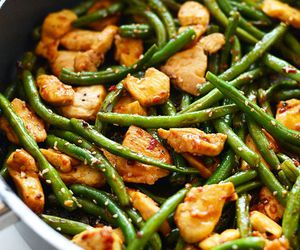 asparagus and Chicken image