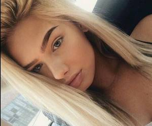 blonde and instagram image
