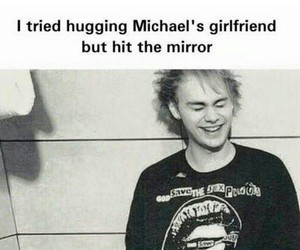 5sos, michael clifford, and girlfriend image