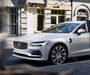 car, electric, and volvo image