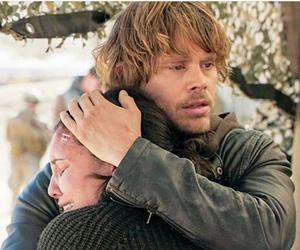 hug, lovers, and daniela ruah image