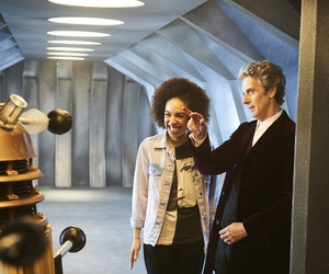 bill, doctor who, and pearl mackie image