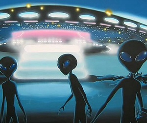 aliens, glow, and Greys image