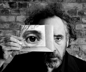tim burton and big eyes image