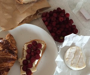 food, breakfast, and raspberry image