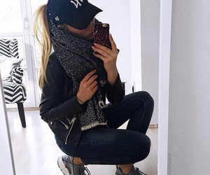 fashion, black, and cap image