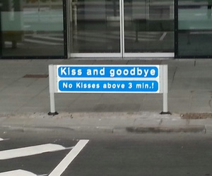 kiss, airport, and funny image