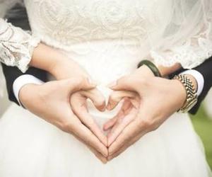 amor, blanco, and vestido image