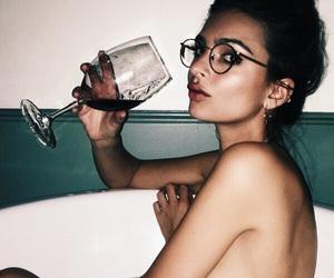 emily ratajkowski, model, and wine image