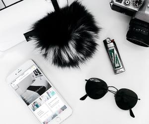 fashion, sunglasses, and flatlay image