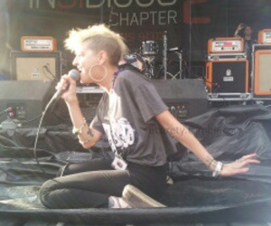 juliet simms and warped tour 2013 image