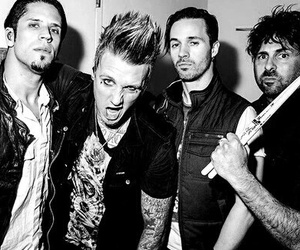 papa roach and rock image