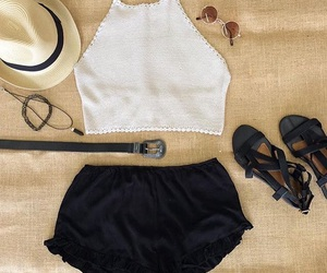 fashion, summer looks, and crop top image