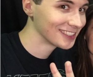 lq, danisnotonfire, and danhowell image