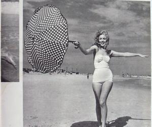 b&w and Marilyn Monroe image