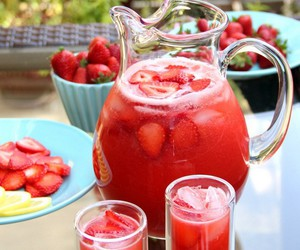 strawberry, drink, and juice image