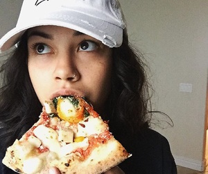 grunge, pizza, and arzaylea image