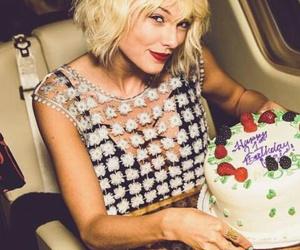 beautiful, cake, and hair image