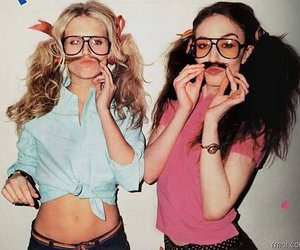 girl, friends, and glasses image