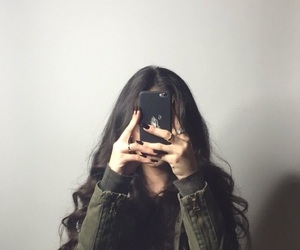 girls, hair, and iphone image