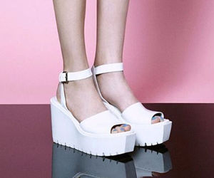 fashion, looks, and platform shoes image