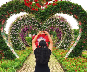 artistic, Dubai, and flower crown image