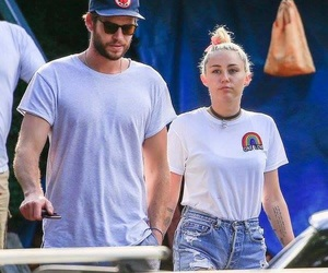 miam, liam hemsworth, and miley cyrus image