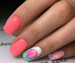 nails and tulip image