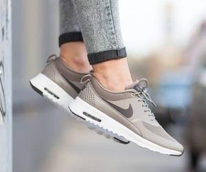 shoes, nike, and nike air max image