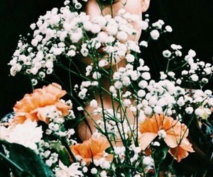 flowers, indie, and orange image