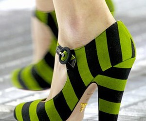 chartreuse, pumps, and shoes image