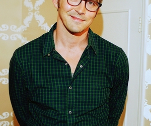 lee pace and glasses image