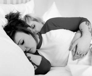 lesbian love image