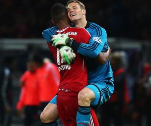 manuel neuer, goalkeeper, and fcb image