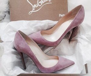 beautiful, heels, and pale image