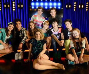 cast and soy luna image