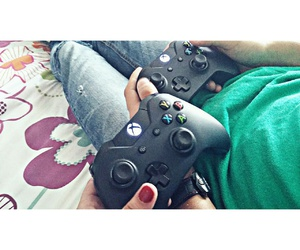 couple, goals, and videogames image