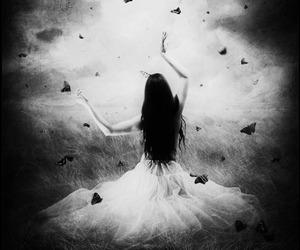 blackandwhite, goth, and Darkness image