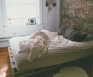 bedroom and urban outfitters image
