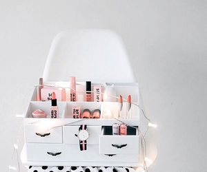 dressing table and white image