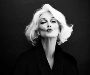 model, carmen dell'orefice, and black and white image
